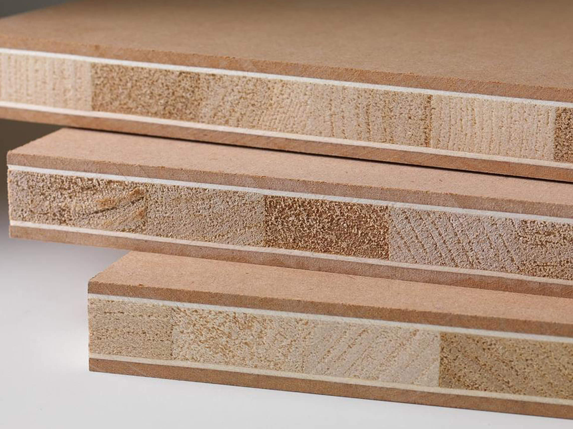 Scurire Mobili Impiallacciati : Materiali woody design